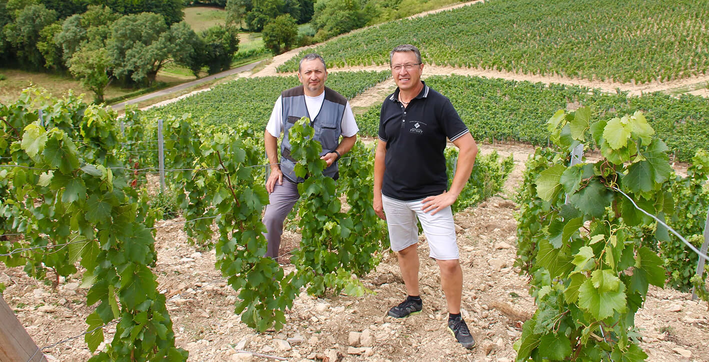 Pierre-Yves and Olivier Fichet in the plot La Cra